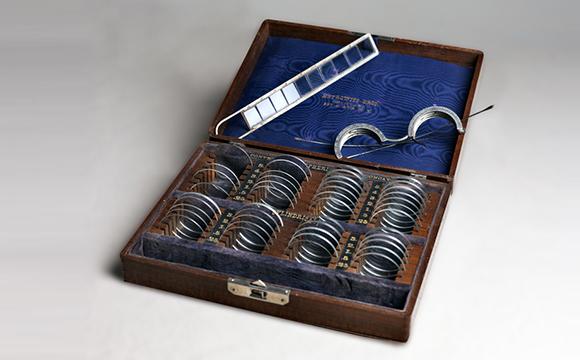 La cassetta lenti di Loring (1870 circa)